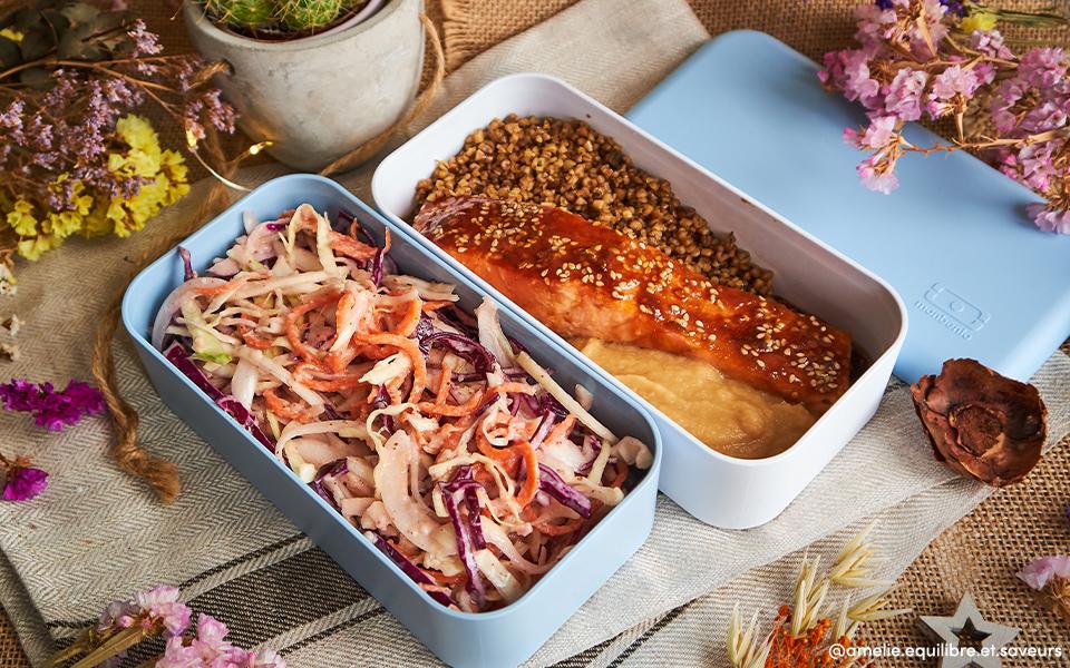 Coleslaw et saumon à l'asiatique