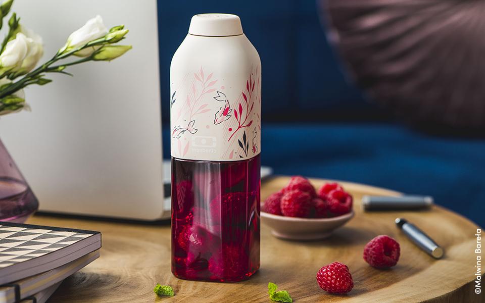 Thé glacé à l'hibiscus et aux framboises